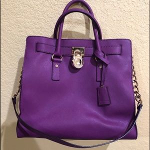 Micheal Kors bag (large)